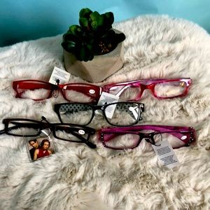 5 pairs of new assorted reading glasses 1.50 mag
